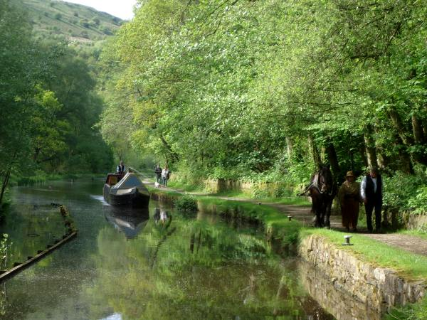 Maria on the Huddersfield Narrow